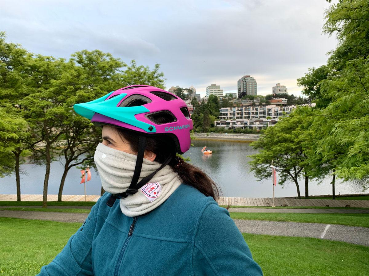Neck Gaiter Adjustable for Comfortable Wear with Slick Gaiter Neck Tube Outdoor Biking Neck Warmer